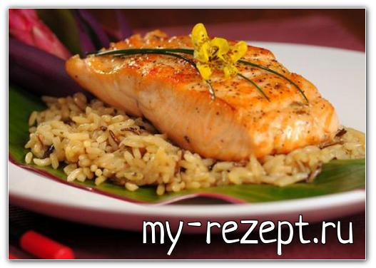 Рис с лососем на пару